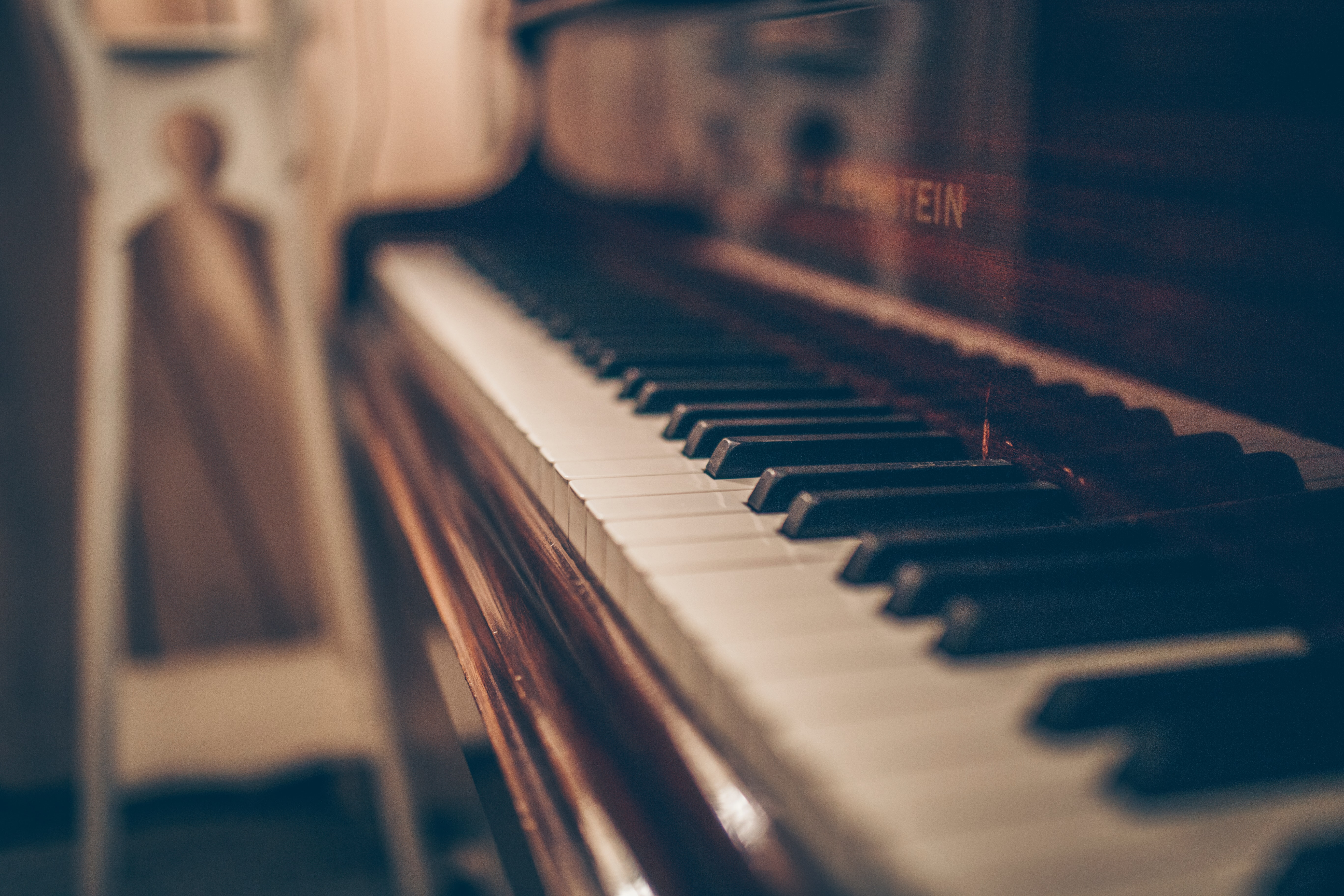 piano-keys-closeup
